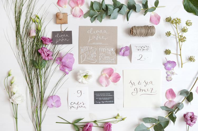 happy-letters- kit lettering