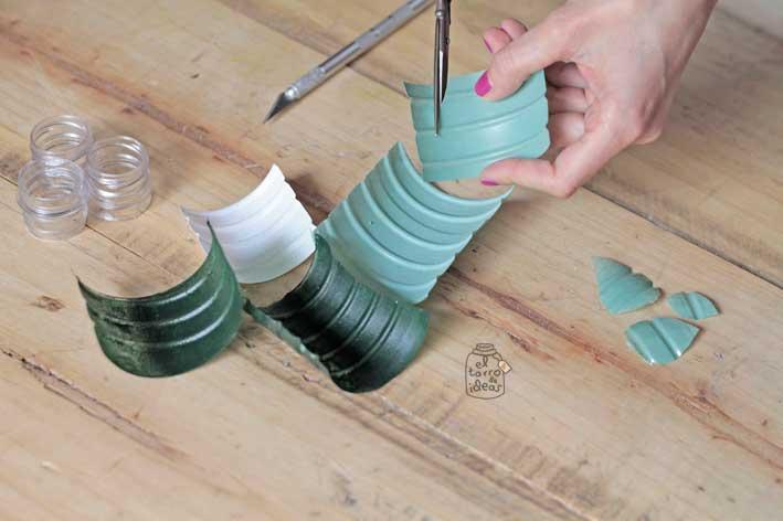 servilleteros-con-botellas-agua-paso5