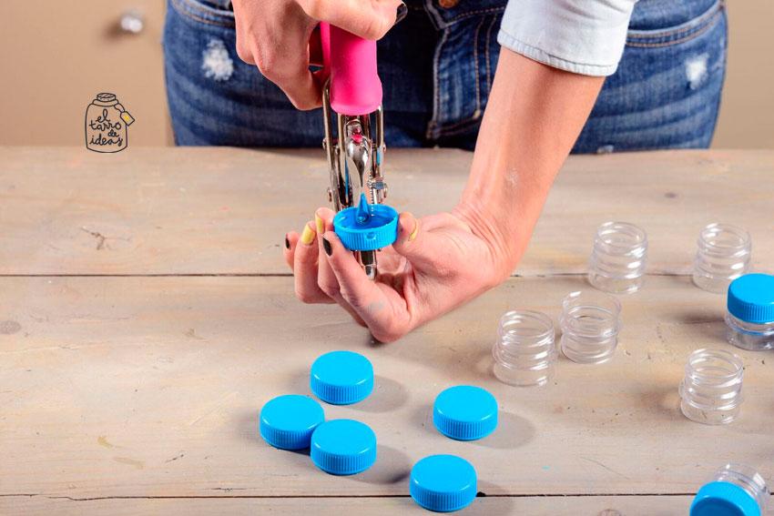 adviento, navidad, entretenimiento para niños, creatividad, tutorial, creativo, manualidades, tapones de botellas, reutilizar, cuenta atrás